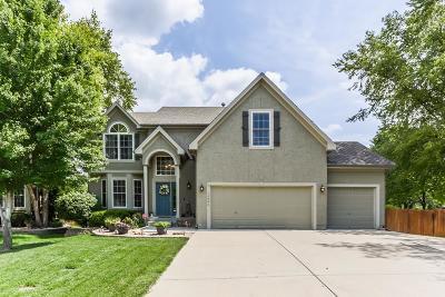Olathe Single Family Home For Sale: 15946 W 160th Street