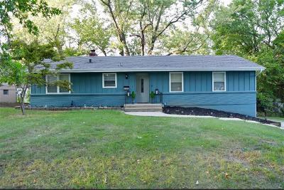 Raytown Single Family Home For Sale: 9308 E 82nd Street