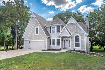 Leawood Single Family Home Show For Backups: 15232 Sherwood Street