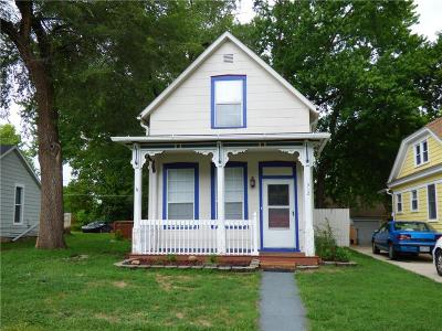 Leavenworth Single Family Home For Sale: 312 Pine Street
