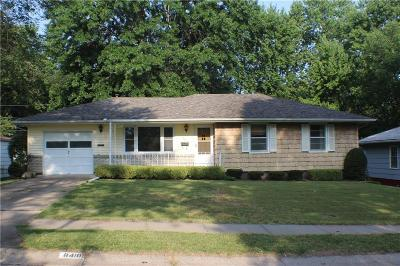 Raytown Single Family Home For Sale: 8410 Everett Street
