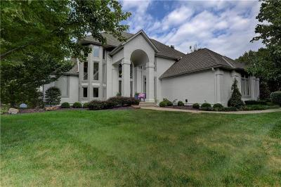 Leawood Single Family Home For Sale: 13112 Glenfield Road