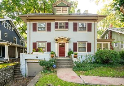 Kansas City Single Family Home For Sale: 6011 Brookside Boulevard