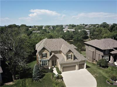 Olathe Single Family Home For Sale: 11490 S Carbondale Street