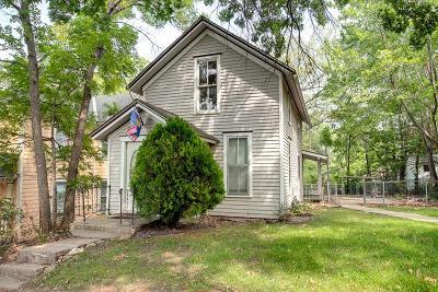 Lawrence Single Family Home For Sale: 940 Louisiana Street