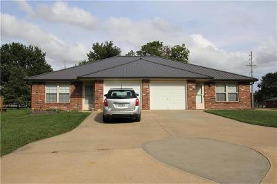 Lafayette County Multi Family Home For Sale: 909 S Bismark Street