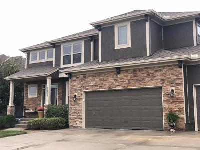 Platte County Single Family Home For Sale: 5701 NW 92nd Terrace