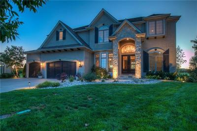 Overland Park Single Family Home For Sale: 6021 W 142nd Street
