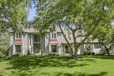 Leawood Single Family Home For Sale: 12901 Mohawk Street