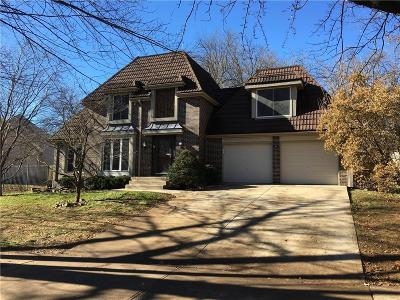 Olathe Single Family Home For Sale: 1331 S Winterbrooke Drive