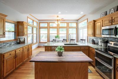 Shawnee Single Family Home For Sale: 13938 W 76th Circle