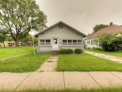 Crawford County Single Family Home Auction: 114 E 23rd Street