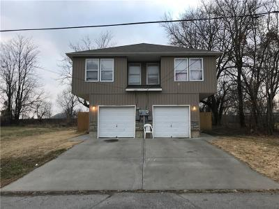 Independence Multi Family Home For Sale: 620 N Hocker Avenue