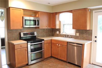 Overland Park Single Family Home For Sale: 10013 Melrose Street