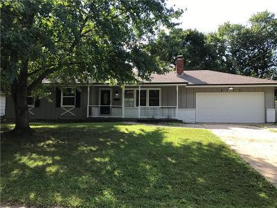 Raytown Single Family Home For Sale: 8018 Elm Avenue