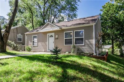 Kansas City Single Family Home For Sale: 2910 S 51st Terrace