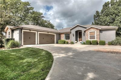 Single Family Home Pending: 1402 Whispering Ridge