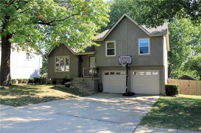 Olathe KS Single Family Home For Sale: $215,000