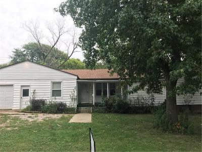 Raytown Single Family Home For Sale: 5315 Maywood Avenue