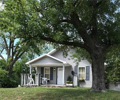 Kansas City KS Single Family Home For Sale: $145,500