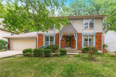 Lenexa Single Family Home For Sale: 12046 W 100th Street