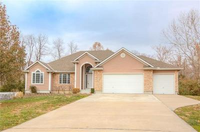 Riverside Single Family Home For Sale: 5058 NW Woodside Court