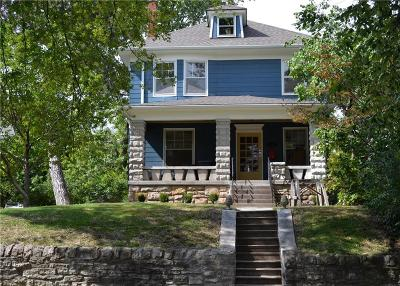 Single Family Home For Sale: 3560 Genessee Street