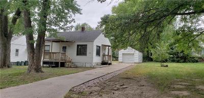 Kansas City Single Family Home For Sale: 1304 S 45th Street