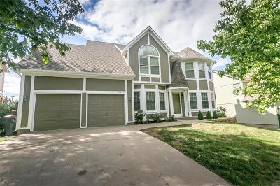 Johnson-KS County Single Family Home For Sale: 14242 S Arapaho Drive
