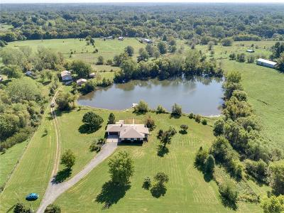 Single Family Home For Sale: 5811 SE Hwy 33
