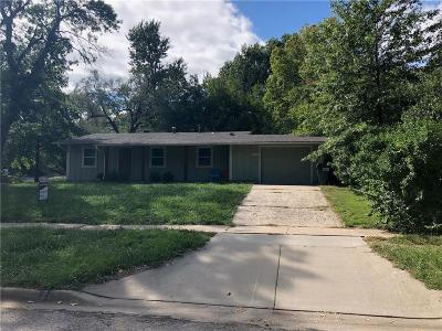 Lawrence Single Family Home For Sale: 2617 Belle Haven Drive
