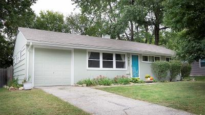 Overland Park Single Family Home For Sale: 7027 Hadley Street