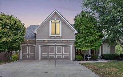 Overland Park Single Family Home For Sale: 14317 Outlook Street