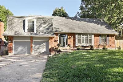 Overland Park Single Family Home For Sale: 5508 W 87th Street