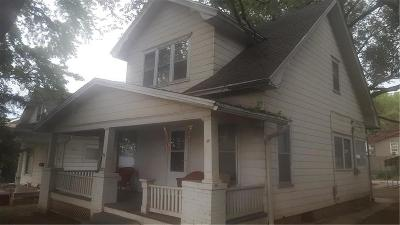 Buchanan County Single Family Home For Sale: 3913 King Hill Avenue