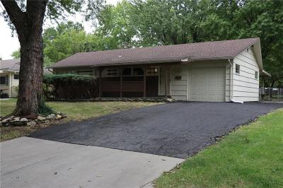 Raytown Single Family Home For Sale: 8604 Everett Street