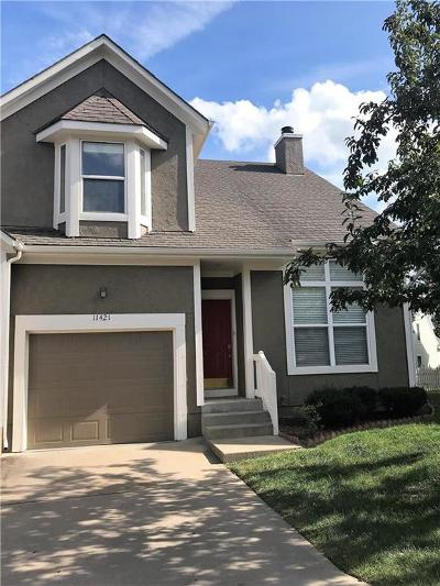 Mission, Overland Park, Shawnee, Shawnee Mission Condo/Townhouse For Sale: 11421 W 113 Street