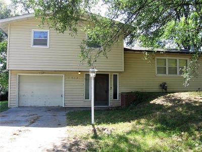 Andrew County Single Family Home For Sale: 3032 Jennifer Lane