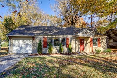 Prairie Village Single Family Home For Sale: 2300 W 77th Street
