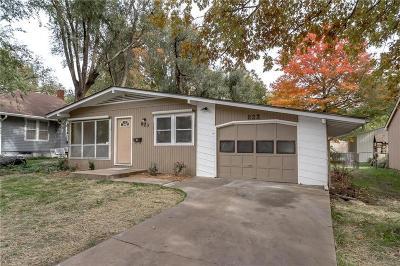 Ottawa Single Family Home For Sale: 823 N Cedar Street