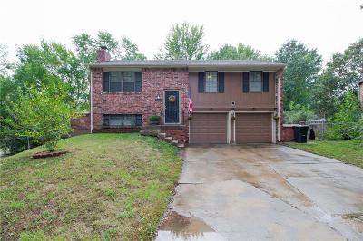 Blue Springs Single Family Home For Sale: 2608 NW Pembroke Court