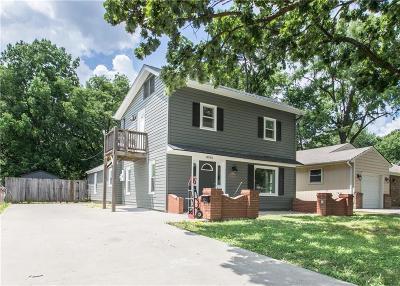 Single Family Home For Sale: 8936 Oak Street