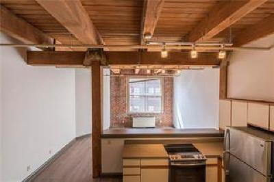 Kansas City Condo/Townhouse Show For Backups: 308 W 8th Street #309
