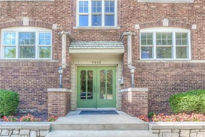 Kansas City MO Condo/Townhouse For Sale: $368,000