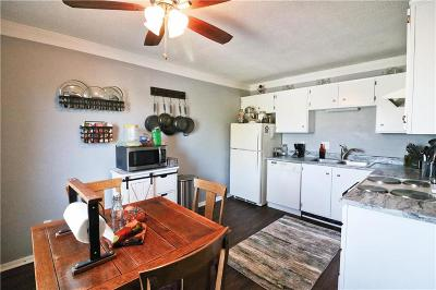 Independence Condo/Townhouse For Sale: 4001 S Redwood Drive #D