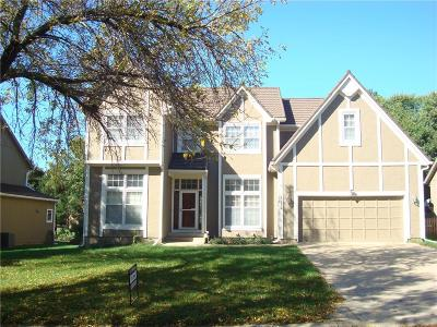 Overland Park Single Family Home For Sale: 13172 Connell Street
