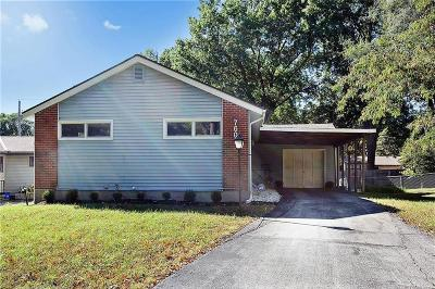 Kansas City Single Family Home For Sale: 7608 Oak Street