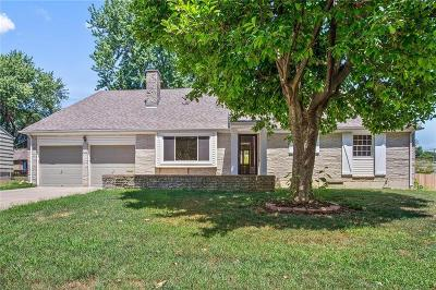 Overland Park KS Single Family Home For Sale: $185,000