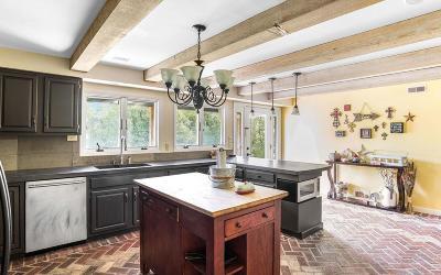 Eudora Single Family Home For Sale: 916 E 1900th Road
