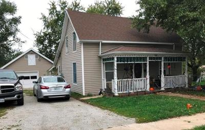 Grundy County Single Family Home For Sale: 1601 Merrill Street